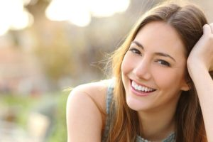 bigstock girl smiling with perfect smil 9